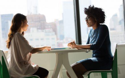 ¿Cómo brillar en las entrevistas con periodistas?
